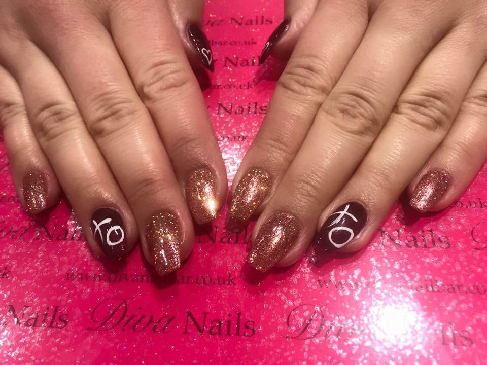Nail bar gallery diva nail bar the centre livingston for 20 lounge nail salon